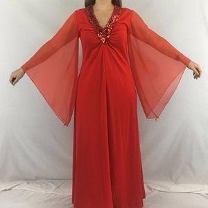 Dresses & Skirts - 70s Angel Sleeve Maxi